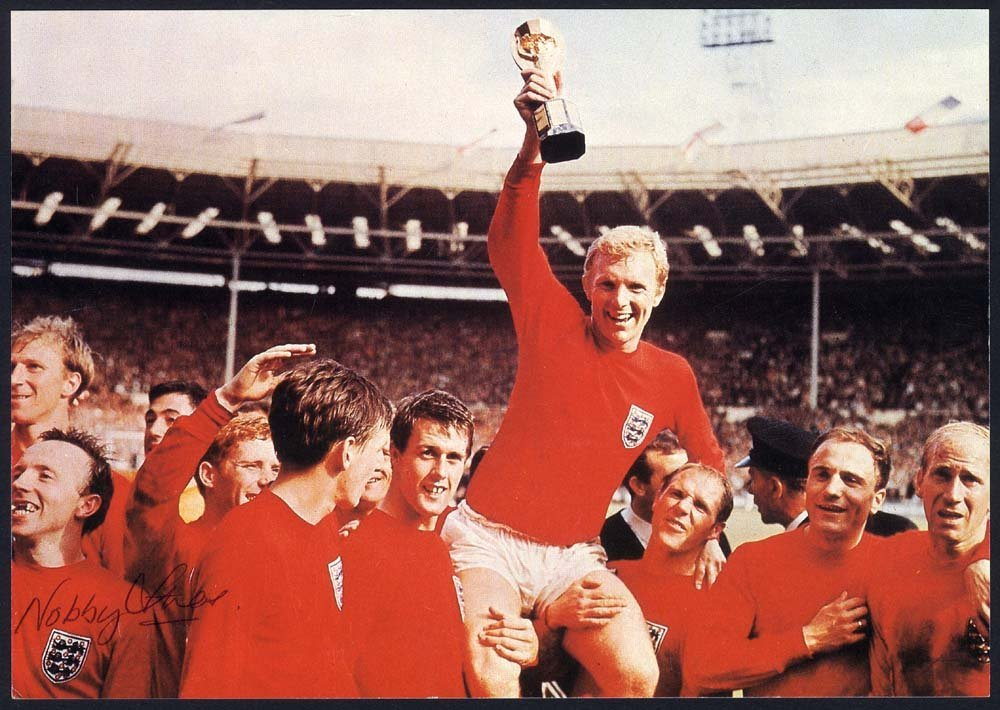 1966 World Cup Winners photograph - signed Nobby Stiles