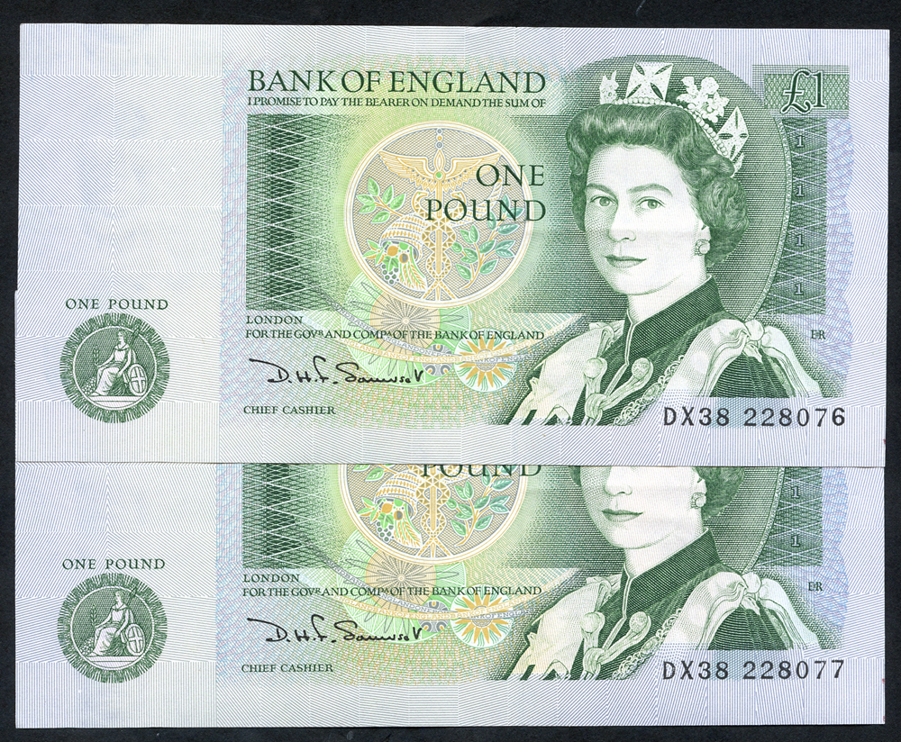 1981 Somerset £1 green, consecutive pair, Prefix DX38, A/UNC