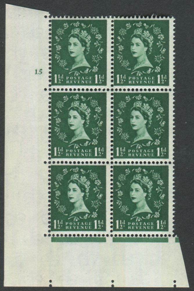 1961 Wilding 1½d Crowns, blue phosphor, white paper, Perf Type A, Cyl. 15 - block of six