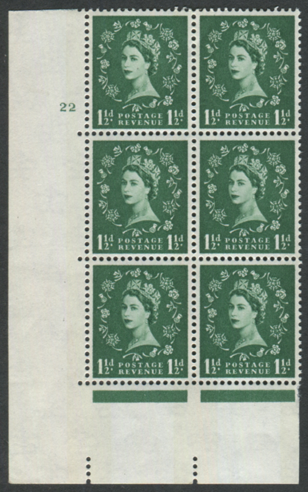 1960 Wilding 1½d Crowns, blue phosphor, white paper, Perf Type A, Cyl. 22 - block of six