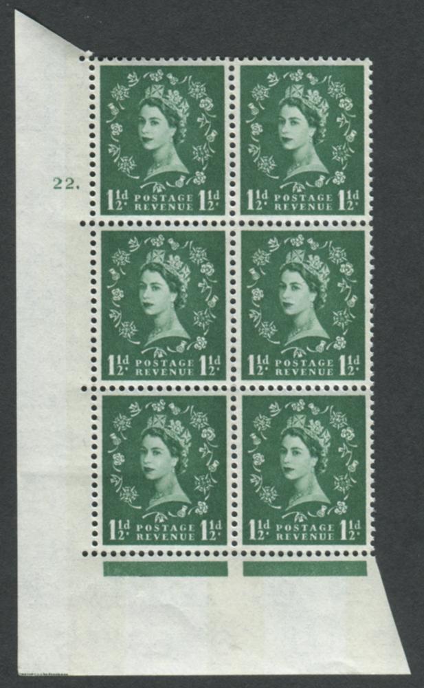 1960 Wilding 1½d Crowns, blue phosphor, white paper, Perf Type A, Cyl. 22 dot - block of six