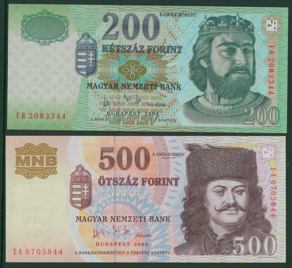Hungary 2004 200 forint, 500 forint (2 notes)
